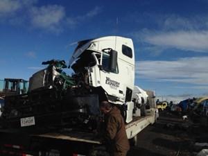 Volvo VNL - Salvage 30617