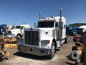 Peterbilt 379 - Salvage 1676