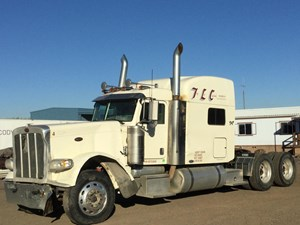 Peterbilt 389 - Salvage 1105
