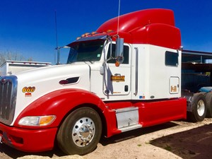 Peterbilt 386 - Salvage 1127