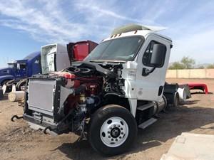 Freightliner Cascadia 125 - Salvage 13xx