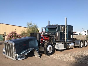 Peterbilt 389 - Salvage 1567