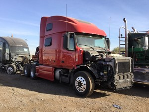 Volvo VNL - Salvage 1760