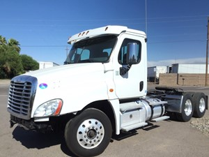Freightliner Cascadia 125 - Salvage 1558