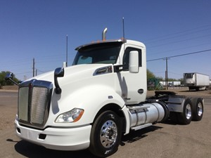 Kenworth T680 - Salvage 1740
