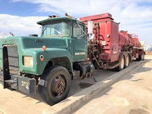 Mack RD686S - Complete Unit-512