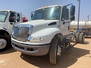 International DuraStar 4300 - Complete Unit-702