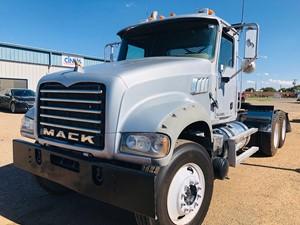 Mack GU713 - Complete Unit-575