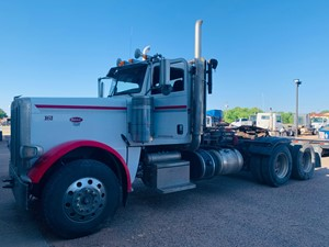 Peterbilt 388 - Complete Unit-678