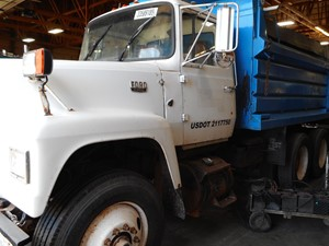 Ford 9000 - Salvage A57533