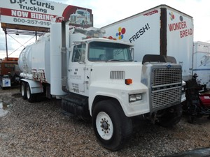 Ford LTL9000 - Salvage A31013