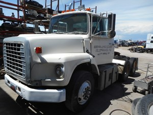Ford L9000 - Salvage A12455
