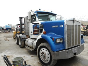 Kenworth W900 - Salvage 618918