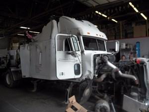 Freightliner FLD - Salvage 873724