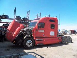 Kenworth T2000 - Salvage 738487