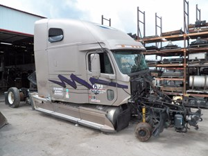 Freightliner CENTURY CLASS - Salvage B86007