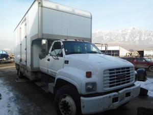 GMC C6500 - Salvage 506802