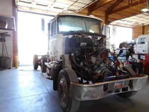 Mack CH 613 - Salvage 124365