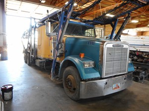 Freightliner Classic 120 - Salvage G65347