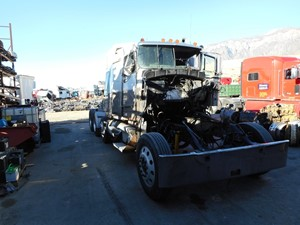 Kenworth W900 - Salvage 385748