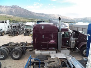 Peterbilt 389 - Salvage 771206