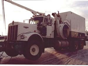 Kenworth W900 - Salvage 2800-KW