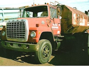 Ford L800 - Salvage 2614-FORD