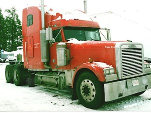 Freightliner CLASSIC - Salvage 2199-FRTLR