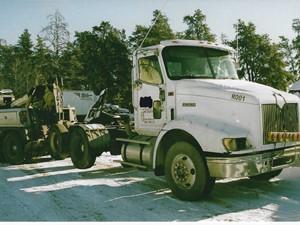 International 9200 - Salvage 3210-IHC