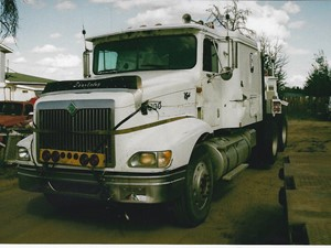 International 9400 - Salvage 3301- IHC
