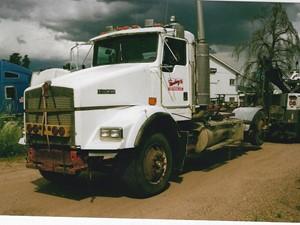 Kenworth T800 - Salvage 3295-KW