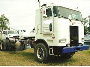 Salvage heavy duty peterbilt 362 trucks tpi peterbilt 362 salvage 1958 pete publicscrutiny Gallery