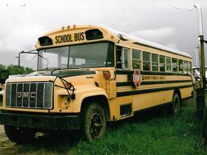 GM/Chev (HD) BUS - Salvage 3273-GMC