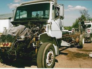 Freightliner FL80 - Salvage 3290-FRTLR