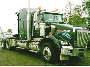 Kenworth T800 - Salvage 2496-KW