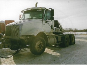 International 8600 - Salvage 3242-IHC