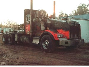 Kenworth T800 - Salvage 2785-KW
