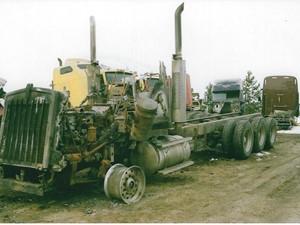 Kenworth T800 - Salvage 3258-KW