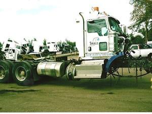 Kenworth T800 - Salvage 2411-KW