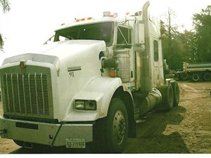 Kenworth T800 - Salvage 2607-KW