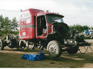 Mack CXU - Salvage 3193-MACK