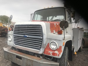 Ford 8000 - Salvage 180162