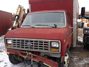 Ford Econoline - Salvage 210019