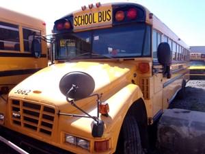 Blue Bird Bluebird School Bus - Salvage 190172
