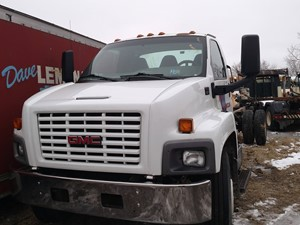 GMC C6500 - Salvage 210216