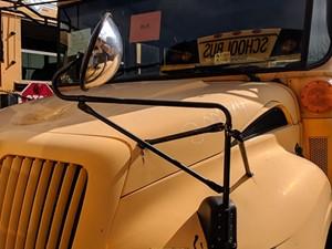 International CE Bus - Salvage 200074