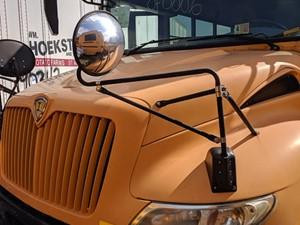 International CE Bus - Salvage 200070