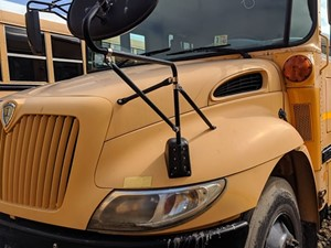 International CE Bus - Salvage 200071