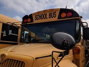 International CE Bus - Salvage 200066
