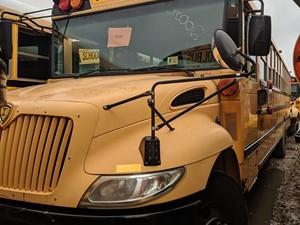 International CE Bus - Salvage 200095